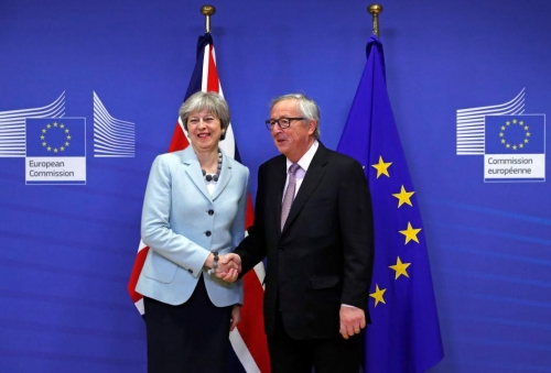 UK Prime Minister May and European Commission President Juncker meet for key talks on a Brexit deal.