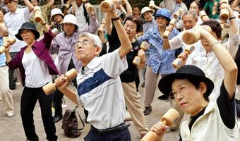 Japanese elderly work hard to stay in shape