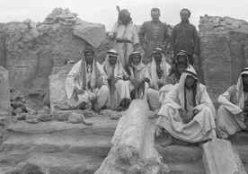 A photograph of archaeologist Frank Brown and his crew in the Temple of the Gadde at Dura-Europos, Syria, during the 1934–1935 joint excavation of the ancient city by Yale and the University- Académie des Inscriptions. (Yale University Art Gallery, Dura-Europos Collection)