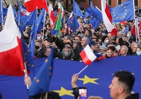 Demonstrators in Warsaw yesterday protesting the Constitutional Tribunal's decision last Thursday.