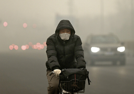 Beijing on a day of heavy pollution in December 2015. Photo: Lintao Zhang/Getty Images.